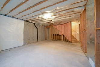 1858_e_seven_oaks_ln_MLS_HID1094324_ROOMbasement2