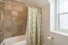 1858_e_seven_oaks_ln_MLS_HID1094324_ROOMbathroom1