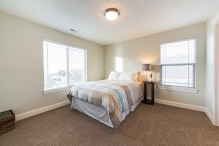 1858_e_seven_oaks_ln_MLS_HID1094324_ROOMbedroombath2
