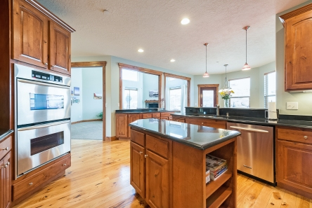 1858_e_seven_oaks_ln_MLS_HID1094324_ROOMkitchen