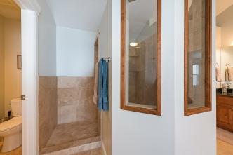 1858_e_seven_oaks_ln_MLS_HID1094324_ROOMmasterbathroom